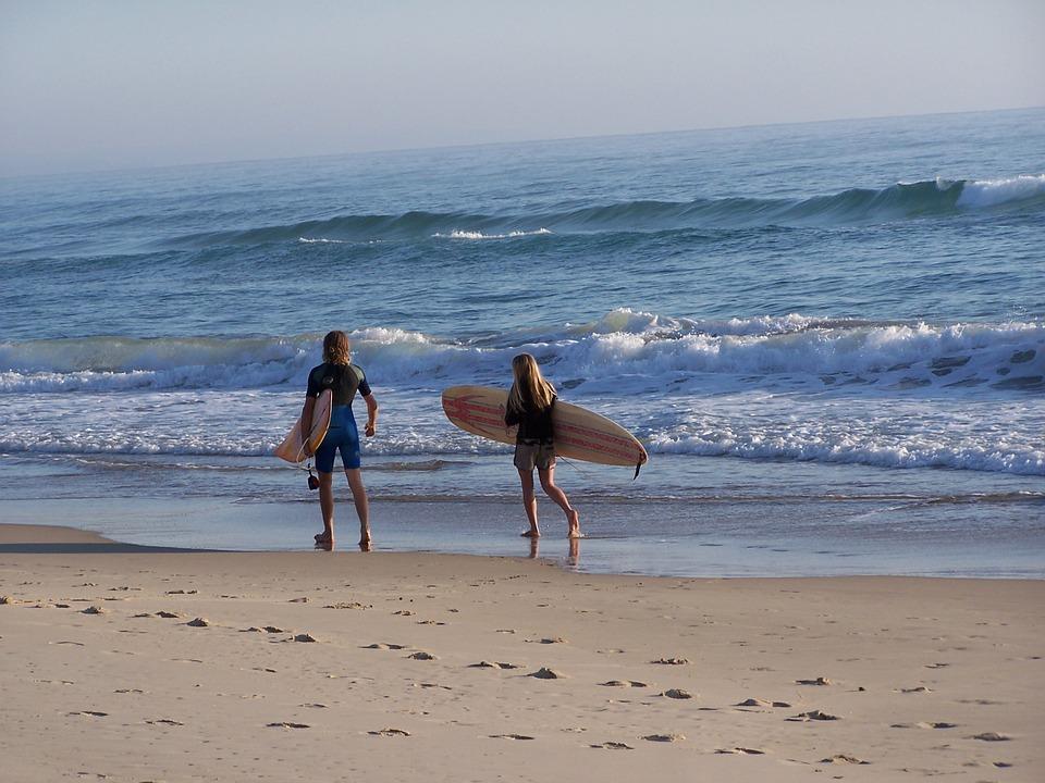 surfer-3849_960_720