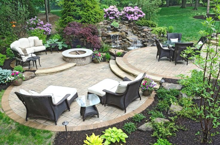 outdoor patio A.jpg