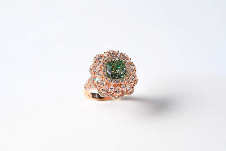 黃綠彩鑽戒yellow-green diamond ring.jpg