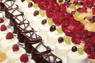 Sweethearts Cupcakery: Wedding Birthday Cakes, Cupcakes, Desserts, Graduation Cakes, Bury Manchester