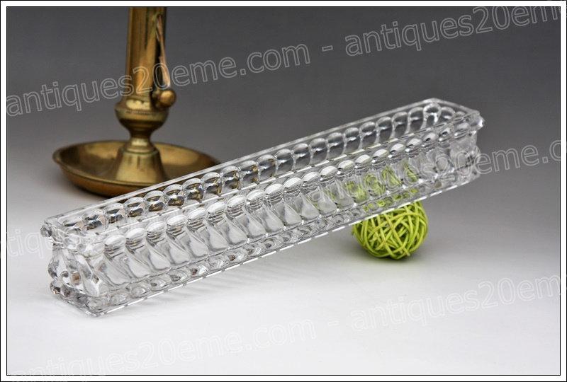 Centre de table en cristal de Baccarat modèle Tors, Baccarat crystal centerpiece