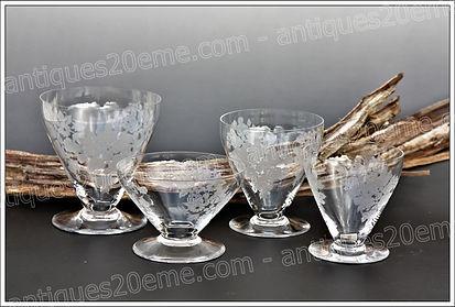Service verres cristal Baccarat modèle Bouquet 1930 Art Déco