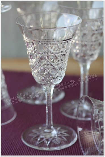 Verre à eau en cristal de Baccarat modèle service Pontarlier, Baccarat crystal water glass