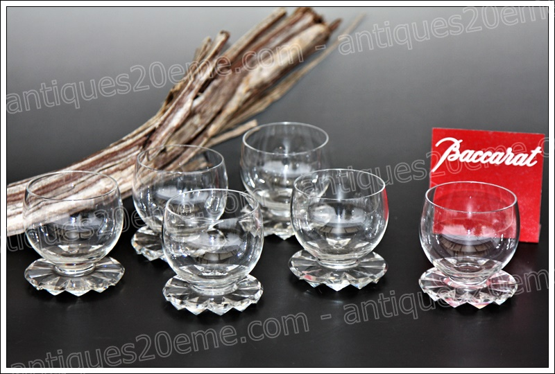 Baccarat Art Deco crystal wine glasses