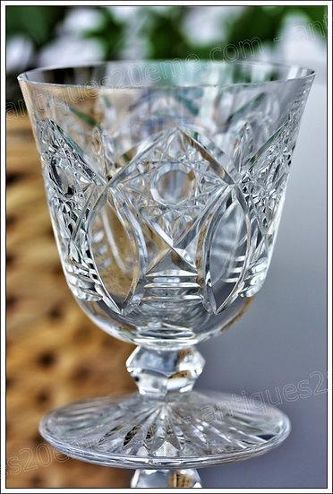 Verre à porto en cristal de Baccarat modèle service Beaujeu, Baccarat crystal Port wine glass