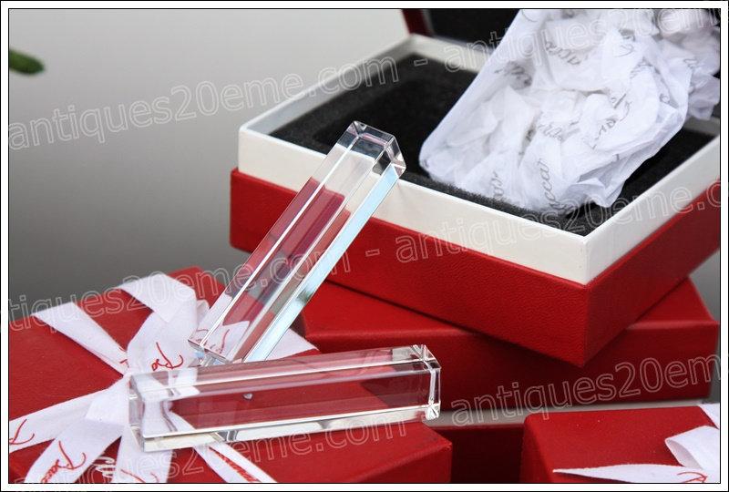 Porte-couteaux en cristal de Baccarat, Baccarat crystal knife holders