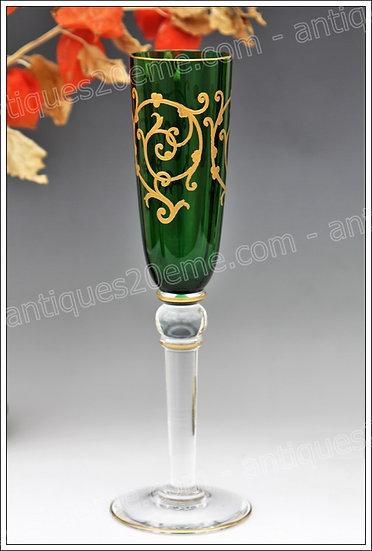 Flûte à champagne verre cristal de St Louis modèle Baalbeck, St.Louis crystal champagne flute glass