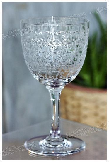 Verre à vin en cristal de Baccarat modèle Combourg Rohan, Baccarat crystal wine glass