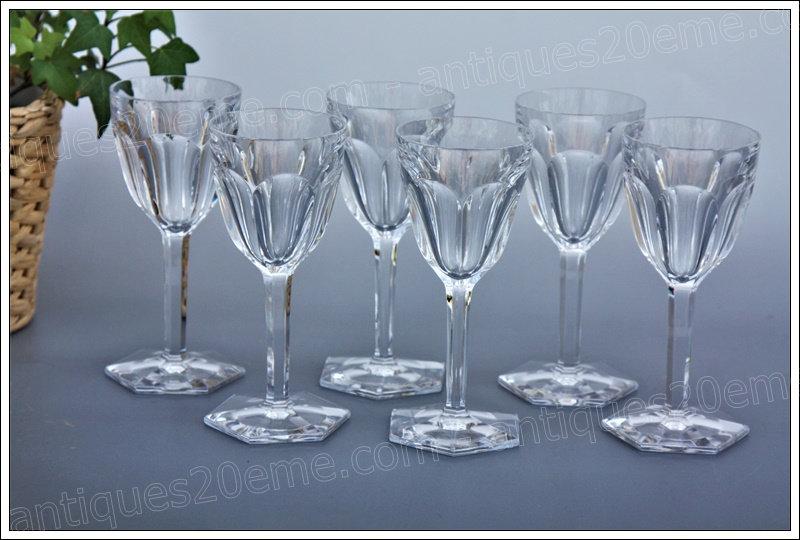 Verres à vin en cristal de Baccarat modèle service Compiègne, Baccarat crystal wine glasses
