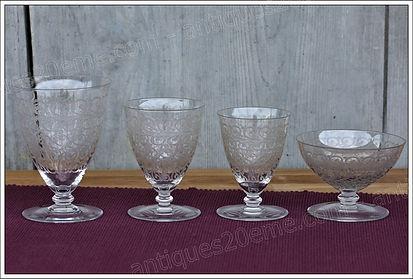 Service verres cristal Baccarat Chateaubriant