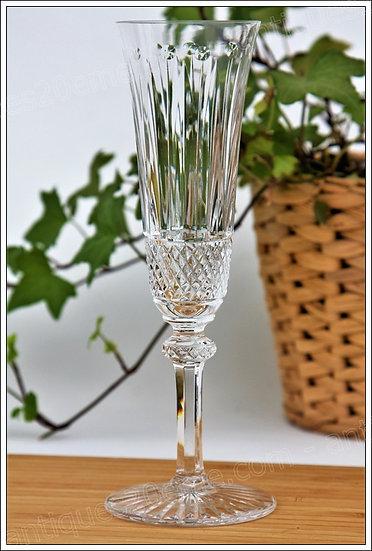 Verre flûte à champagne en cristal de St Louis modèle Tommy, St.Louis crystal champagne flute glass