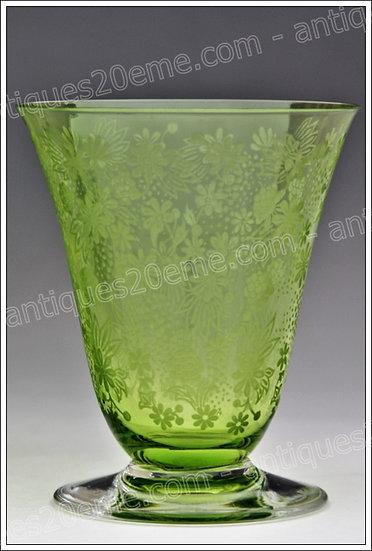 Verre à eau en cristal de Baccarat modèle service Elisabeth vert, Baccarat crystal water glass green