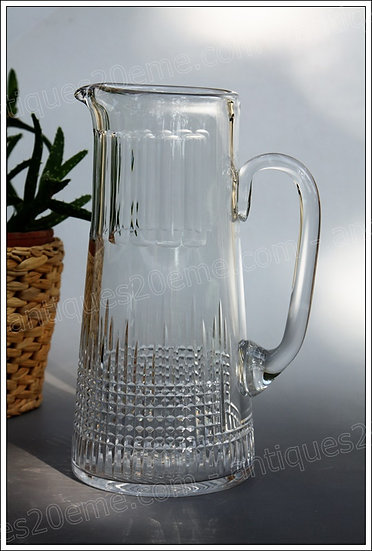 Pichet canett à bière carafe et verres en cristal de Baccarat service modèle Nancy, Baccarat crystal beer pitcher can