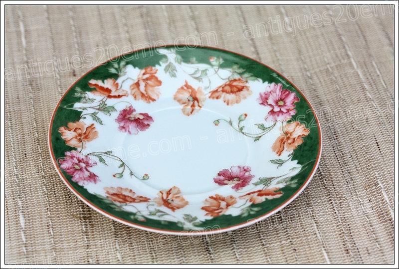 Soucoupe sous-tasse en porcelaine de Limoges Bernardaud Sologne, Limoges Bernardaud porcelain saucer