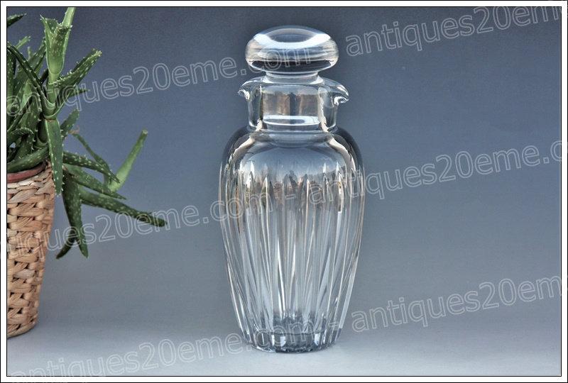 Shaker en cristal de Baccarat, Baccarat crystal shaker