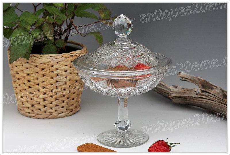 Drageoir compotier en cristal de Baccarat modèle service Colbert, Baccarat crystal dragees bowl