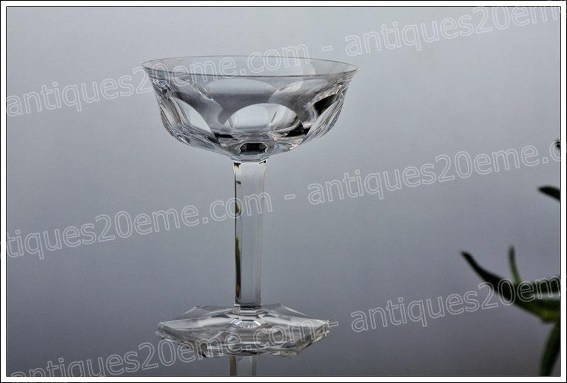 Coupes verres à champagne en cristal de Baccarat service Malmaison, Baccarat crystal champagne glasses