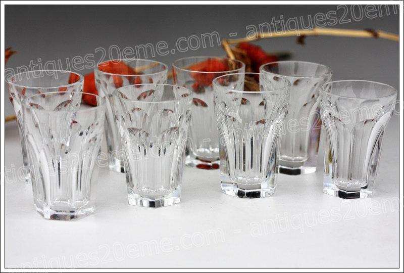 Verres gobelets en cristal du service Baccarat Harcourt, Baccarat crystal goblets glasses