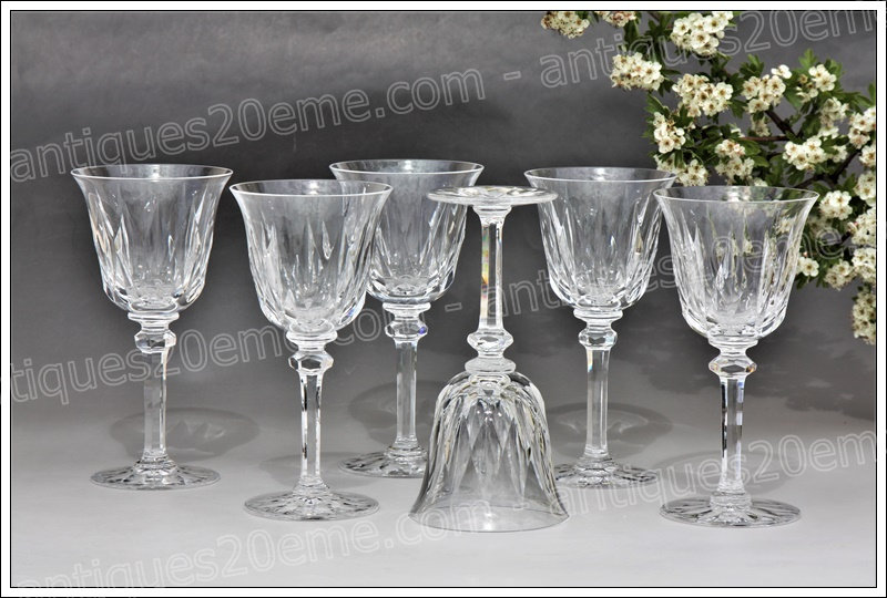 Verres à eau en cristal du service St Louis Provence, St Louis crystal water glasses