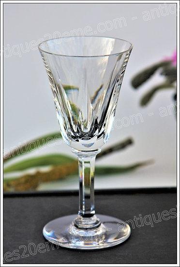 Verre à vin en cristal de St Louis modèle service Cerdagne, St.Louis crystal wine glass