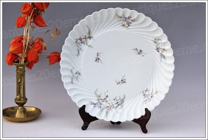 Plat à gâteaux en porcelaine de Limoges Haviland Pois de senteur, Limoges Haviland porcelain cake dish