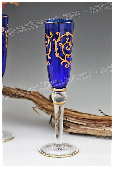 Flûtes à champagne verres cristal de St Louis modèle Baalbeck, St.Louis crystal champagne flute glass