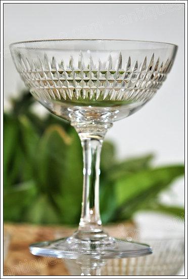 Coupes à champagne en cristal de Baccarat modèle service Nancy, Baccarat crystal Champagne glasses