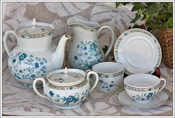 Céramique, porcelaine, faïence neuf et occasion en vente chez Antiques20ème