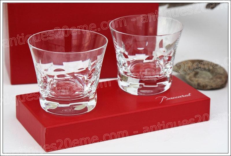 Verres à whisky en cristal de Baccarat modèle service Beluga, Baccarat crystal Old fashion whisky glasses