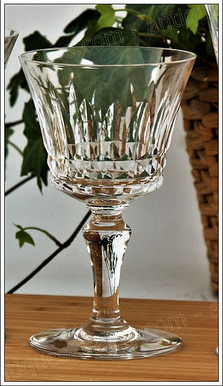 Verre à vin en cristal de Baccarat du service Piccadilly, baccarat crystal wine glass