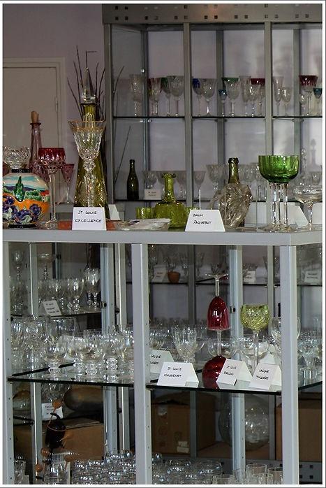 Antiques20ème, vente de cristal Baccrat, St Louis, Lalique, Daum, verres carafes et pichets, services de verres, vases, objets de décoration et arts de la table
