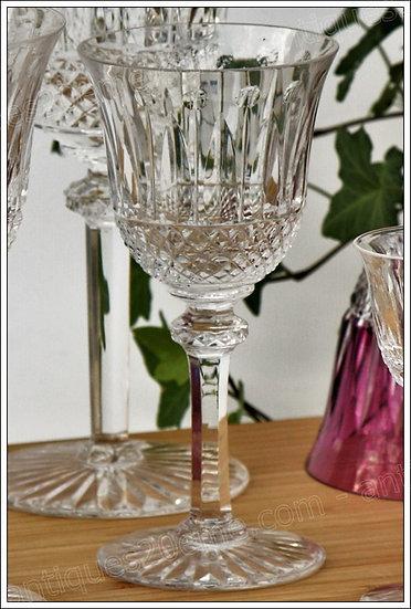 Verre à vin en cristal du service St Louis Tommy, St Louis crystal wine glass