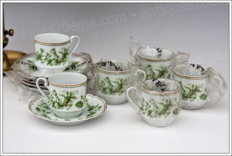 Tasses à thé en porcelaine de Limoges Haviland A la corne, Limoges Haviland porcelain tea cups