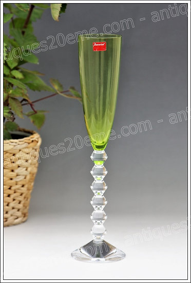 Flûte verre à champagne en cristal de Baccarat modèle service Vega, Baccarat crystal Champagne flute glass