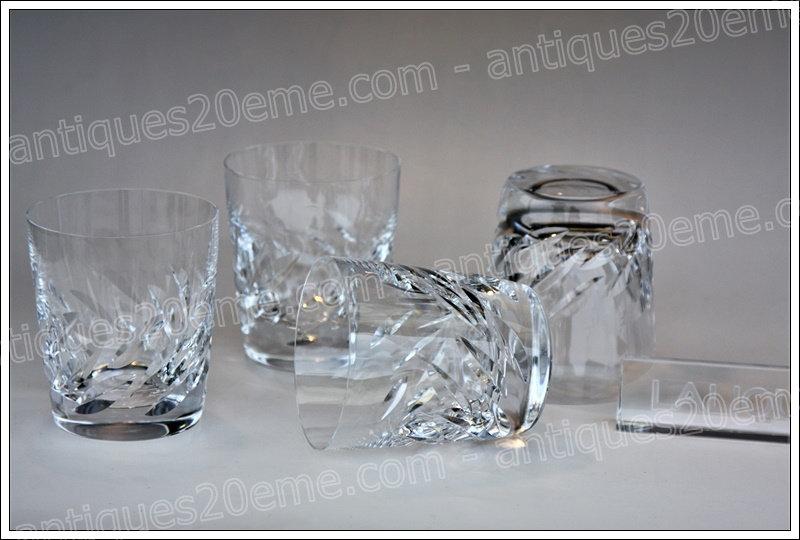 Verres à whisky en cristal de Lalique modèle Artois, Lalique crystal whisky glasses