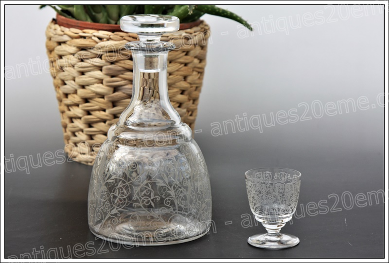Carafe liqueur cristal Baccarat Lulli