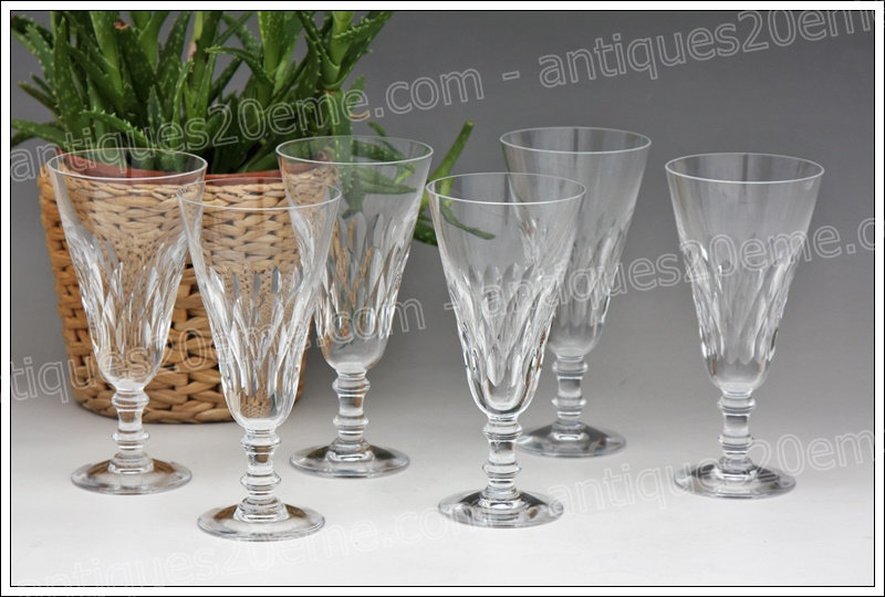 Verres flûtes à champagne en cristal de Baccarat modèle service Armagnac, Baccarat crystal Champagne flutes glasses