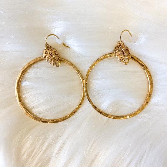 Gold palm leaf detail earrings