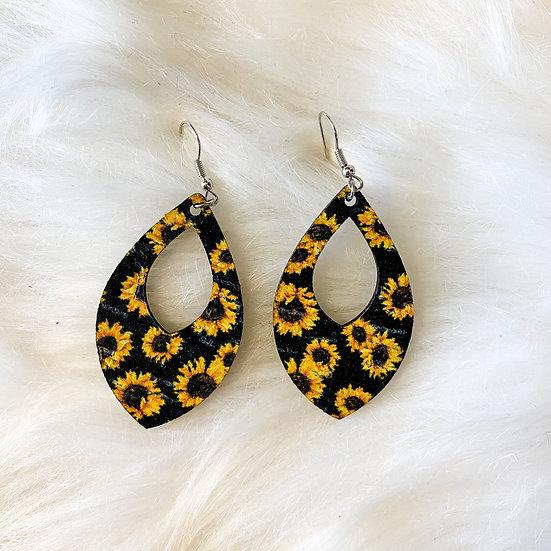 Sunflower cutout drop earrings
