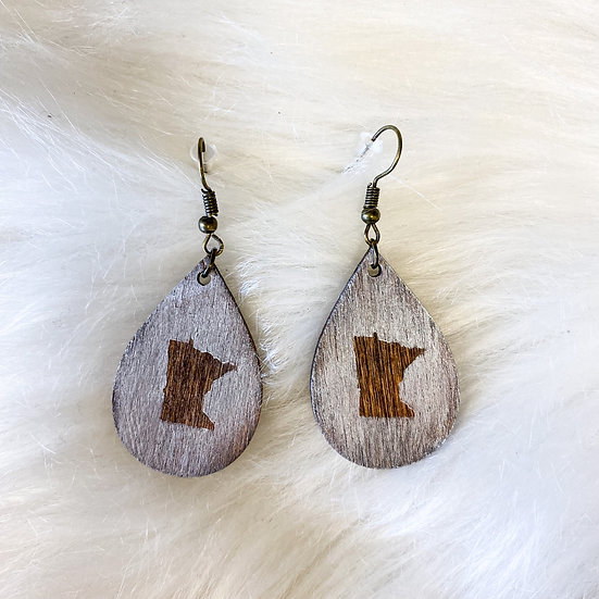 White washed wooden MN detail drop earring