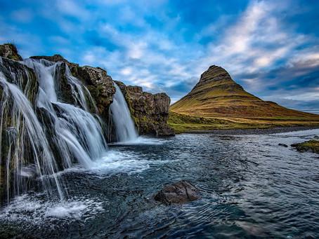 Luxury cruising through Iceland!