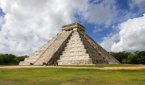 pyramid-3069192_1280.jpg