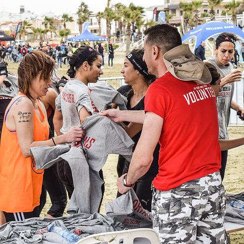 volunteers at water station.jpg