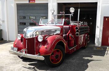 1940 Ford V8.JPG