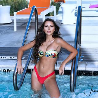 Fernanda swimsuit3.jpg