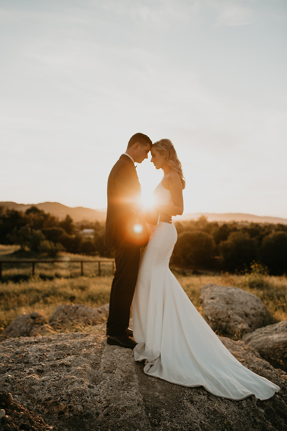 San Luis obispo california, pepper tree ranch wedding, Dallas wedding photographer, slo, elegant wedding, California wedding photographer, bride and groom portraits, golden hour portraits