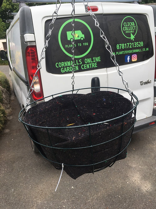 Wire Hanging basket 30cm x 15cm liner included