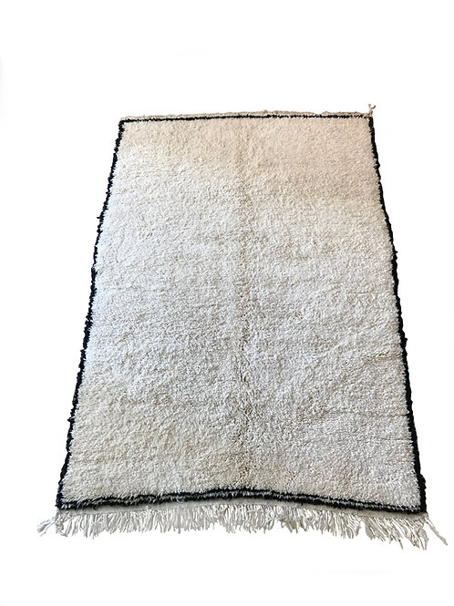 Tapis berbère blanc à liseret