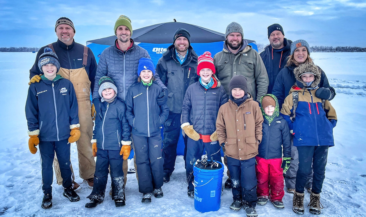 Ice fishing group.jpg