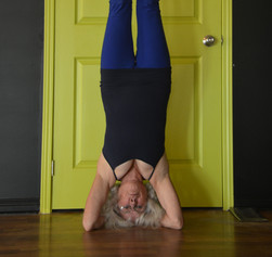 headstand front _1720 copy.jpg